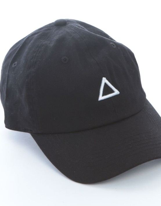 Black Cap and Snapback | Canada